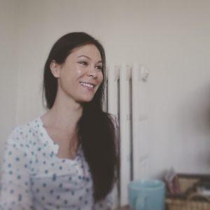 Naomi bio photo